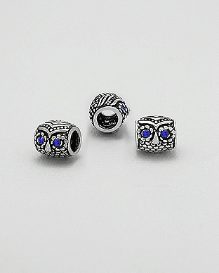 1559-125 - 925 Sterling Silver Owl Bead Decorated With Crystal Glass