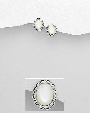 473-2908 - 925 Sterling Silver Push-Back Earrings Decorated With Shell