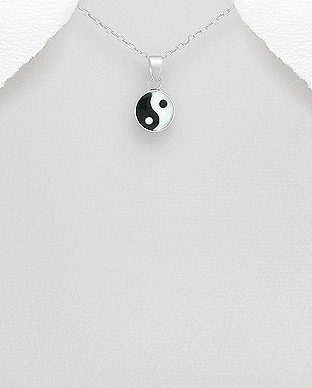 789-3306 - 925 Sterling Silver Yin-Yang Pendant Decorated With Resin and Shell