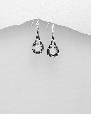 789-3400 - 925 Sterling Silver Hook Earrings Decorated With Shell