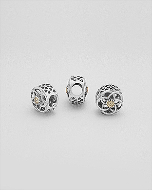 1559-402 - 925 Sterling Silver Bead Decorated With CZ