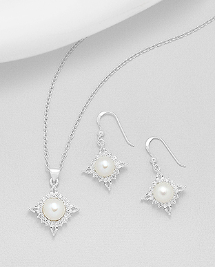 382-4967 - 925 Sterling Silver Set Of Earrings And Pendant Decorated With CZ And Fresh Water Pearls