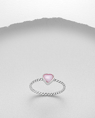 789-3592 - 925 Sterling Silver Heart Ring Decorated With Shell