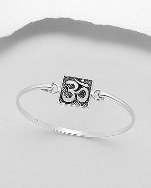 706-29050 - 925 Sterling Silver Oxidized Om Sign Bangle