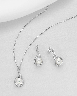 382-5225 - 925 Sterling Silver Set of Push-Back Earrings And Pendant Decorated With Fresh Water Pearls And CZ