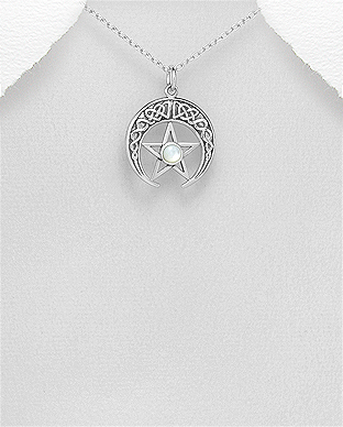 789-3823 - 925 Sterling Silver Oxidized Pendant Featuring Celtic Horn And Star Decorated With Shell