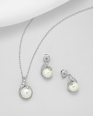 382-5236 - 925 Sterling Silver Set of Push-Back Earrings And Pendant Decorated With Fresh Water Pearls And CZ