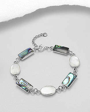 789-3841 - 925 Sterling Silver Bracelet Decorated With Shell