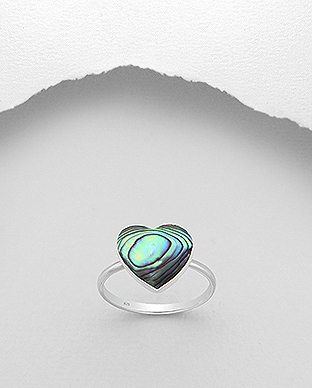 789-3856 - 925 Sterling Silver Heart Ring Decorated With Shell
