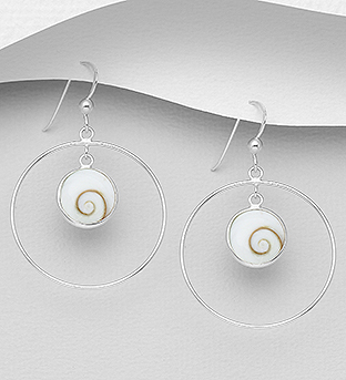966-602 - 925 Sterling Silver Hook Earrings Decorated With Shiva Shell