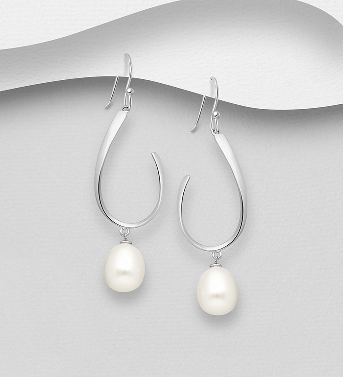 382-5423 - 925 Sterling Silver Hook Earrings Decorated with Freshwater Pearls