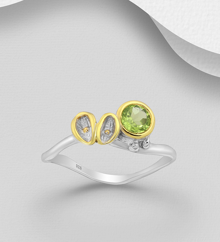 1916-29 - ADIORE JEWELS - 925 Sterling Silver Ring Decorated with Peridots, Plated with 3 Micron 22K Yellow Gold and White Rhodium