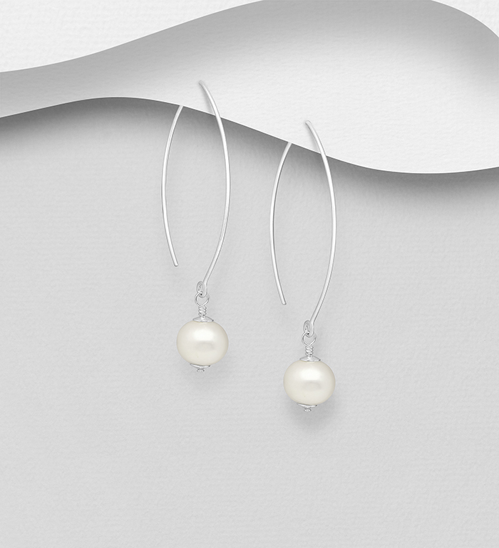 382-1774 - 925 Sterling Silver Hook Earrings Decorated with Freshwater Pearls