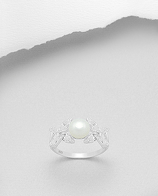382-4493 - 925 Sterling Silver Ring Decorated With CZ And Fresh Water Pearl