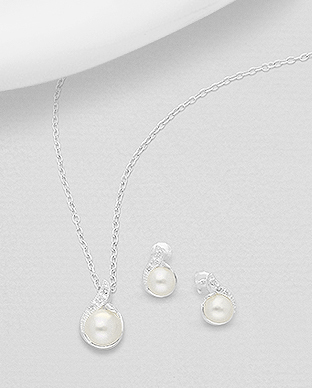 382-5126 - 925 Sterling Silver Set of Push-Back Earrings And Pendant Decorated With Fresh Water Pearls And CZ