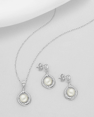 382-5196 - 925 Sterling Silver Set of Push-Back Earrings And Pendant Decorated With Fresh Water Pearls And CZ