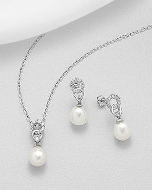 382-5259 - 925 Sterling Silver Set of Push-Back Earrings And Pendant Decorated With Fresh Water Pearls And CZ