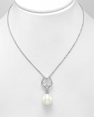 382-5284 - 925 Sterling Silver Necklace Decorated With Fresh Water Pearl And CZ