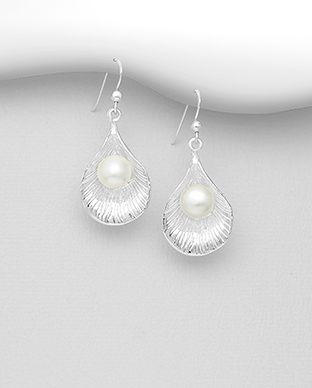 382-5328 - 925 Sterling Silver Shell Hook Earrings Decorated with Freshwater Pearls
