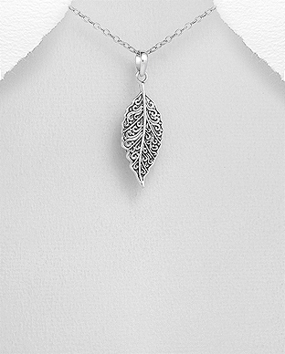 706-29646 - 925 Sterling Silver Oxidized Leaf Pendant